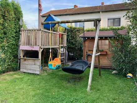 (Klein-) Familenhaus mit Garten - Jetzt Online besichtigen!