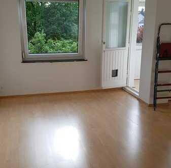 Sonnige, gepflegte 2-Raum-Wohnung mit Balkon in Vahrenheide/Bothfeld