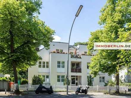 IMMOBERLIN: Ansprechende Wohnung mit 23 m² Hobbyraum, Garten und Südloggia nahe Roseneck