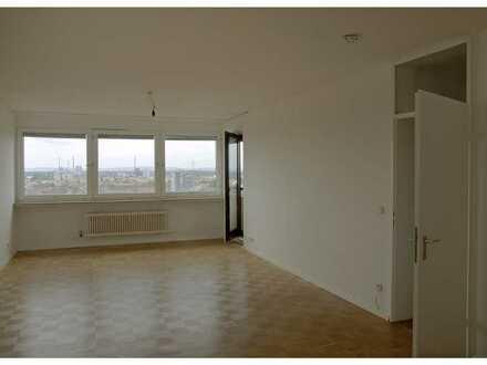 Erstbezug nach Sanierung: schöne 2-Zimmer-Wohnung mit EBK und Balkon in Karlsruhe Weststadt