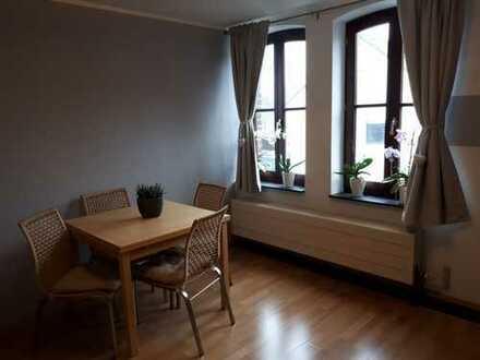 historische Hofanlage mitten in Köln: modernisierte 2-Zimmer-DG-Wohnung