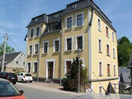 Preiswerte, gepflegte 2-Zimmer-Wohnung in Lößnitz