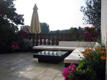 3-Zi.Whg., groß, hell, ruhig, Terrasse und kleiner Garten