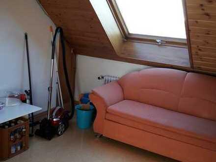 Schönes 17m²-Zimmer in 3er WG
