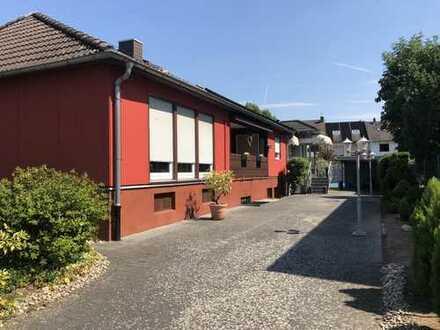Begehrte Wohnlage in HU - Steinheim.... 2 Einfamilienhäuser