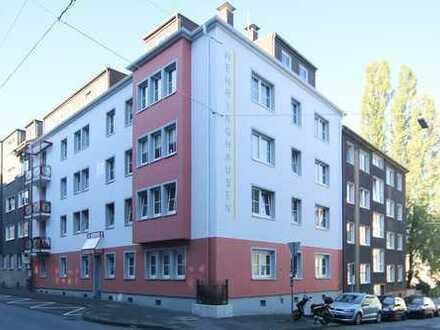 Geräumige, frisch renovierte 3-Zimmer-Dachgeschosswohnung