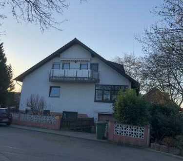 große 4 Zimmer Wohnung in kleiner Wohneinheit sucht neuen Eigentümer