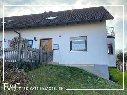 Ruhige Randlage: Helle, familienfreundliche Doppelhaushäfte mit schönem Garten in Schechingen