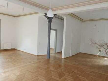 Büro-/ Studioräume mit tollem Altbau-Flair!
