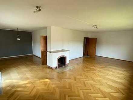 Ruhige, großzügige 3-Zimmer Wohnung in zentraler guter Lage
