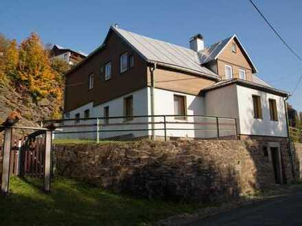 Familienhaus in ruhiger Lage mit wunderschönem Ausblick