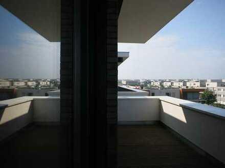 Ausgefallenes Penthouse mit schöner großer Dachterrasse und Taunusblick