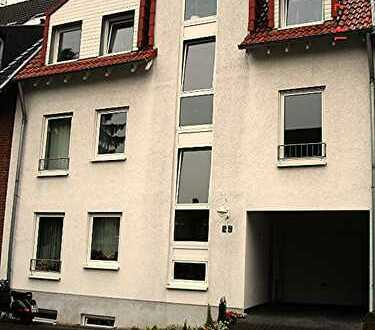 Sehr helle Wohnung in ruhiger Lage, 1.Obergeschoss, Rheinnähe