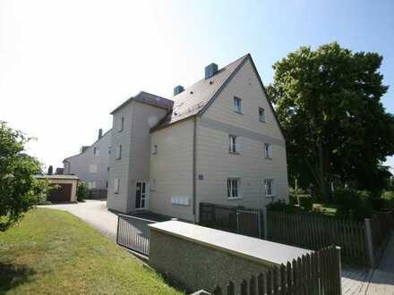Helle Dachgeschosswohnung in Reinhausen