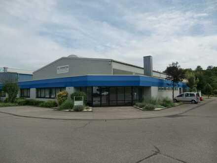 Gewerbehalle/ Büro-/ Sozialräumen, Ges.ca. 3000 m², zu vermieten