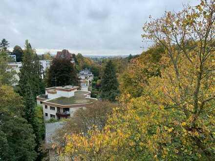 Erstbezug nach Sanierung mit Balkon: 3 Zimmer Wohnung im Dambachtal