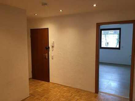 Gartenstadt-vollständig renovierte Wohnung mit Balkon