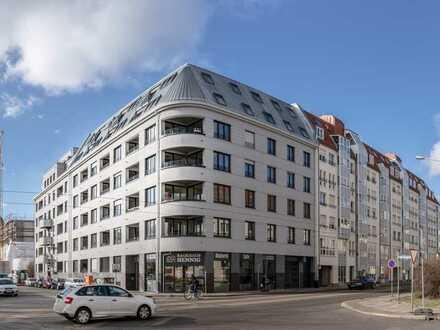 Ab Mai: Familienwohnung | Terrasse & Loggien | Bäder mit Oberlicht | Einbauküche | Stellplatz mgl.