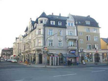 Schöner Laden in Top Lage direkt am Pasinger Bahnhofsplatz / provisionsfrei !!!