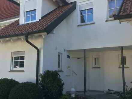 Wohnen am Albtrauf, Schönes Haus mit vier Zimmern in Albstadt-Burgfelden (Ortsrand)