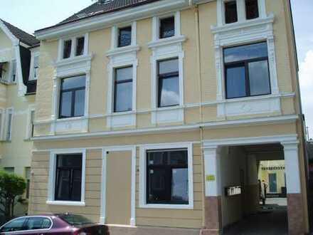 3 Zimmer Wohnung im Dachgeschoss Nähe Kuller Eck,Balkon,68 qm