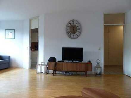 Junkersdorf, 3-Zi. Loggia, ruhig/hell/gepflegt (von privat)