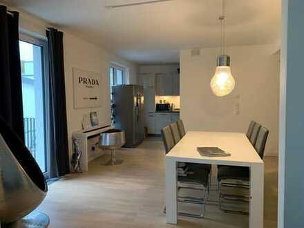 Größzügige 4-Zimmer-Wohnung mit großem Balkon zu mieten