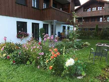 Stilvolle, neuwertige 3-Zimmer-Terrassenwohnung mit Balkon und Einbauküche in Bad Aibling