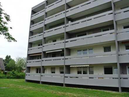 Sehr geräumige 3-Zimmer-Wohnung mit 2 Balkonen im EG-Hochparterre
