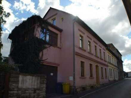 Mehrfamilienhaus in zentraler ruhiger Lage
