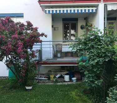 Schöne 3-ZKB im EG mit Garten, Loggia und kleinem Balkon in Augsburg