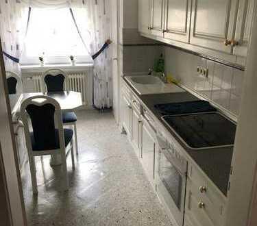 3-Zimmer-Wohnung Warmmiete 630 Euro (inkl. Gas, Wasser, Strom, Versicherungen, Reinigung etc.)