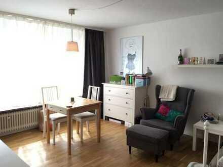 Möbliertes sonniges 1-Zimmer-Apartment in Stuttgart-Möhringen