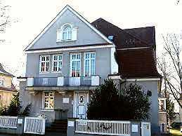 idyllische 2 Zimmer-Wohnung * Süd-Terrasse * exclusive Villenlage in der Radeberger Vorstadt