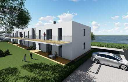 Wohnen am See! NEUBAU in traumhafter Lage mit Terrasse inkl. eigenem Gartenanteil + PKW-Stellplatz!