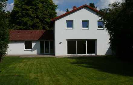 TOP-Einfamilienhaus mit schönem Garten in allerbester Lage in Kirchrode - ohne Maklercourtage!!!