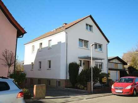 2-Familienhaus mit Ausbaureserve und herrlich großem süd-west Grundstück in zentraler Wohnlage