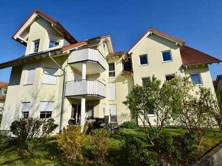 Moderne Maisonette-Wohnung mit EBK, Balkon und TG-Stellplatz in beliebter Lage