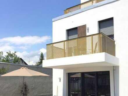 Traumhafte 4,5-Zimmer-Maisonettewohnung mit luxuriöser Ausstattung in sehr guter Lage von Trudering