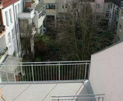 Sanierte Maisonettwohnung mit Balkon und EBK