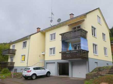 Schön gelegene 3-Zimmer-Wohnung mit Balkon und Garage
