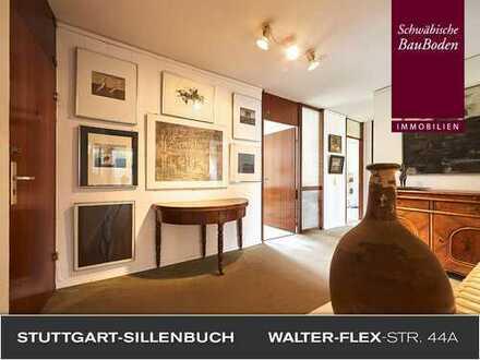 Attraktive, großzügige 3 Zimmer Wohnetage mit gut nutzbarem Balkon, EbK, TG-Stellplatz +++