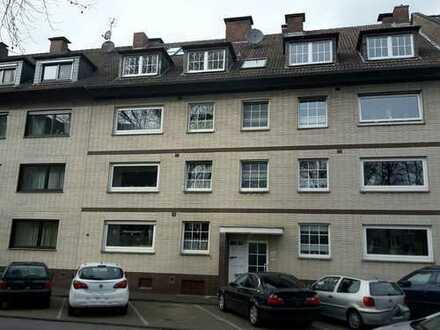 Gepflegte 3,5-Zimmer-Erdgeschosswohnung mit Balkon und Garten in Essen Dellwig