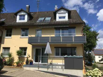 3,5 Zimmer Wohnung OG mit Balkon