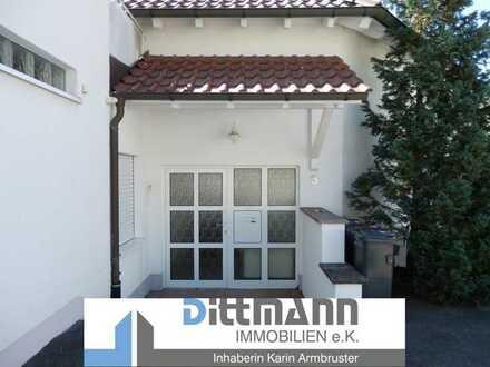 Attraktive 3,5-Zimmer Maisonette-Wohnung mit Balkon und separatem Zugang in Ebingen