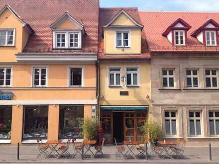 Historisches Haus für Restaurant/Bar in 1A Bestlage im Herzen von Erlangen mit 48 Sitzplätzen