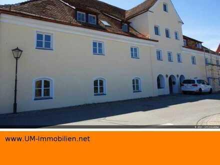 4-Zimmer-Wohnung in einer stattlichen, ehemaligen Schlossbrauerei (m. Denkmalschutz)