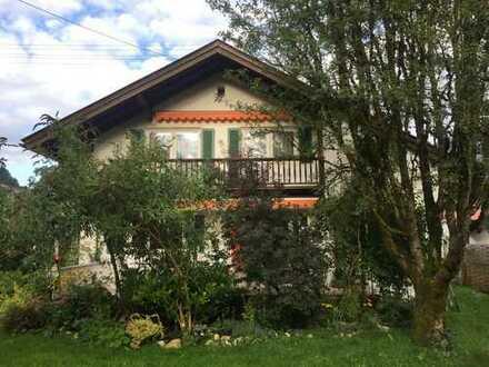 Schöne zwei Zimmer Wohnung in Garmisch-Partenkirchen (Kreis), Oberau