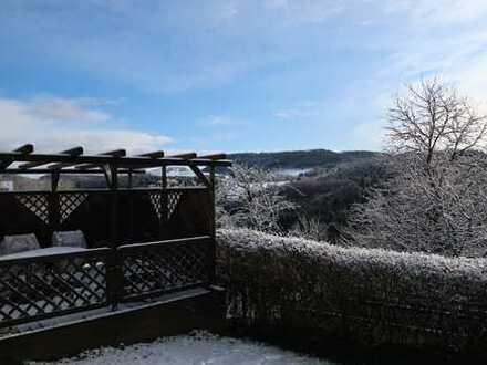 Sanierte 2-Zimmer-Wohnung mit Terrasse und Einbauküche in Wißgoldingen
