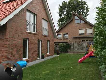 Einfamilienhaus/Doppelhaus/Neubau